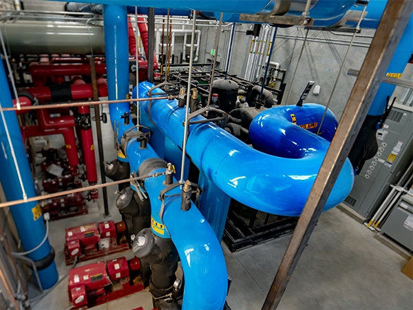 CO2-ice-arena-chiller-pipes_WEB