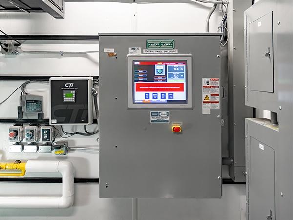 ammonia-ice-arena-control-panel_WEB